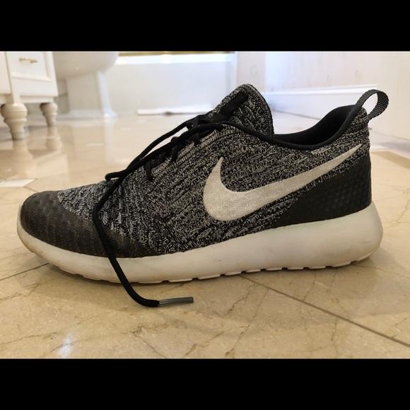 3a865a82c3166 Nike Shoes - Women s Nike Roshe Flyknit US 7.5